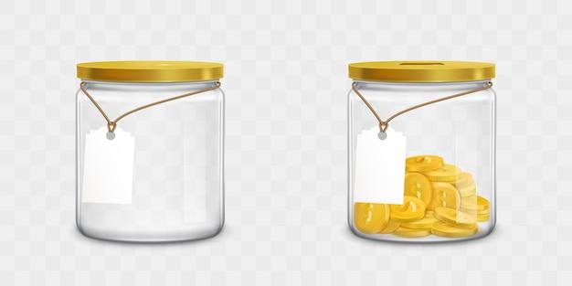 タグとお金のセットが付いているガラス瓶