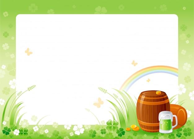 Счастливый день святого патрика с зеленой рамкой трилистника, радугой, бокалом зеленого пива и бочками.