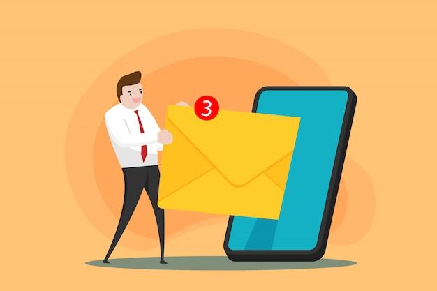 男は携帯電話からメールを受け取りました。現代のスマートフォンとのオンラインビジネス。テクノロジーデバイスとの世界的な接続。人々は無線ネットワークで互いに連絡します。コミュニケーションの概念。