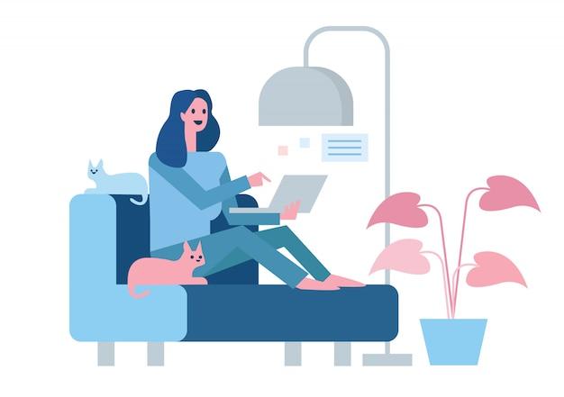 Счастливая женщина сидит на диване и работает с ноутбуком. домашний карантин концепция дизайна. иллюстрация