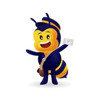 孤立したバックグラウンドでラブレターを提供するかわいい蜂配達人