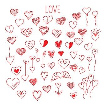 Набор рисованной каракули сердца