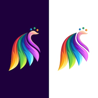Красочная иллюстрация дизайна логотипа павлина