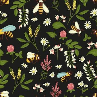 Бесшовный фон с полевыми цветами, пчелами и шмелями.