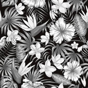 プルメリア、ストレチア、ハイビスカスの花と白黒の熱帯の葉のシームレスなパターン。
