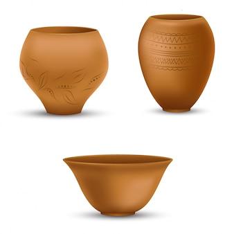 Набор реалистичных глиняных горшков