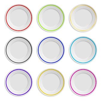 Набор тарелок с цветной полосой на белом