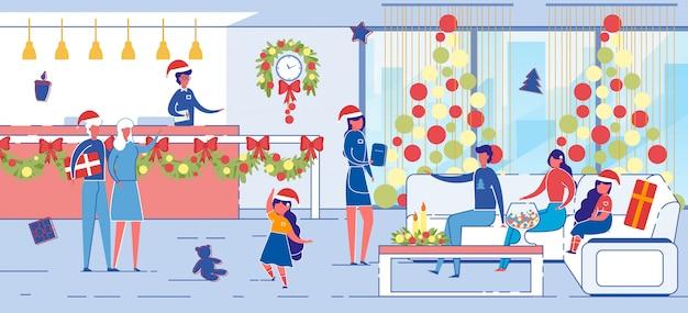 ホテルスタッフがメリークリスマスを迎えます。
