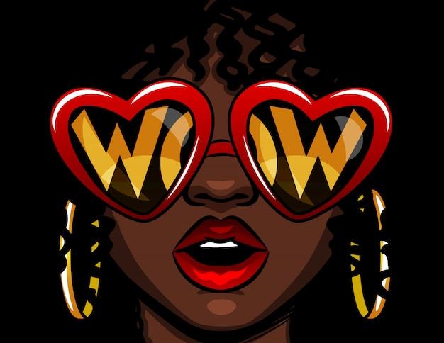 Цветные векторные иллюстрации в стиле комиксов. женское лицо в очках с надписью вау. афро-американская женщина в шоке. женщина открыла рот от удивления. очки в форме сердца с текстом внутри