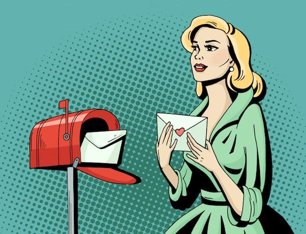 ポップアートのラブレターとメールボックスを持つ美しい女性。漫画金髪ハリウッド映画スターがポストカードを受け取ります。