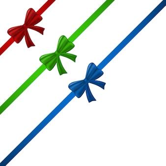 光沢のあるギフト弓で装飾的な現実的な赤いリボン。