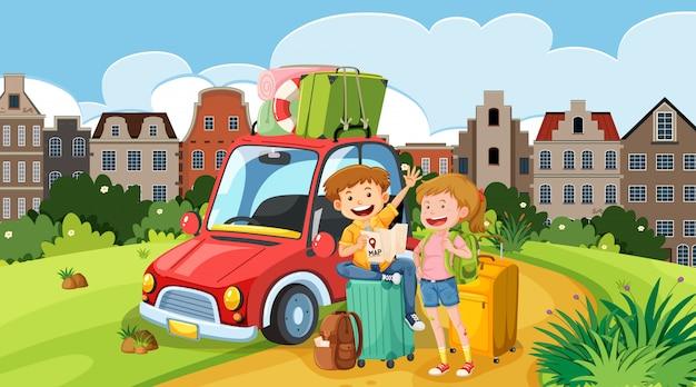 Сцена с туристами и машиной на дороге