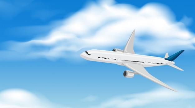 Коммерческий самолет, летящий по небу