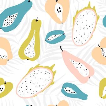 Бесшовный фон с тропическими фруктами на фоне пальмовых листьев дипсис. современная иллюстрация в пастельных тонах.