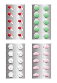 Набор реалистичных таблеток в блистерной упаковке.
