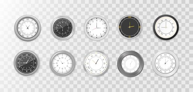 モダンな白、黒の丸い壁掛け時計、黒い文字盤と時計のモックアップ。白と黒の壁のオフィスの時計のアイコンを設定します。ブランディングと広告のモックアップ。