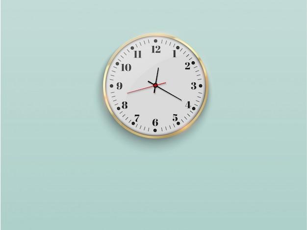 Часы настенные офисные.