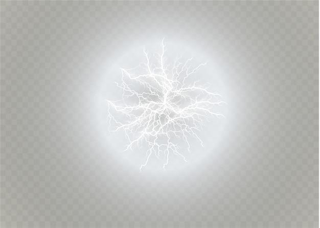 Шаровая молния. гром, изолированные на прозрачном фоне. удар молнии в небе. электричество взрывной бури. электрическая вспышка молнии. иллюстрации.