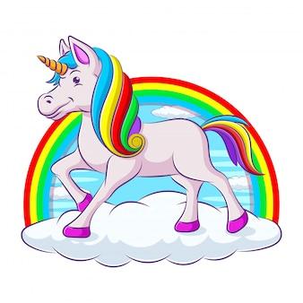 Иллюстрация милый единорог на радуге стоя подмигивает на белом фоне.