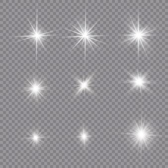 Белый светящийся свет взрывается на прозрачном фоне