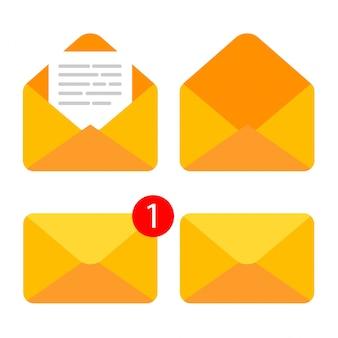 文書が入った閉じた封筒と開いた封筒のフラット。新しい手紙を取得または送信します。電子メールアイコンが分離されました。