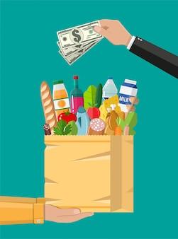 Бумажная корзина с продуктами