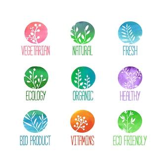 Набор логотипов, значков, этикеток, наклеек или марок. силуэты веточек, листьев, растений, ягод. цветные акварельные текстуры.