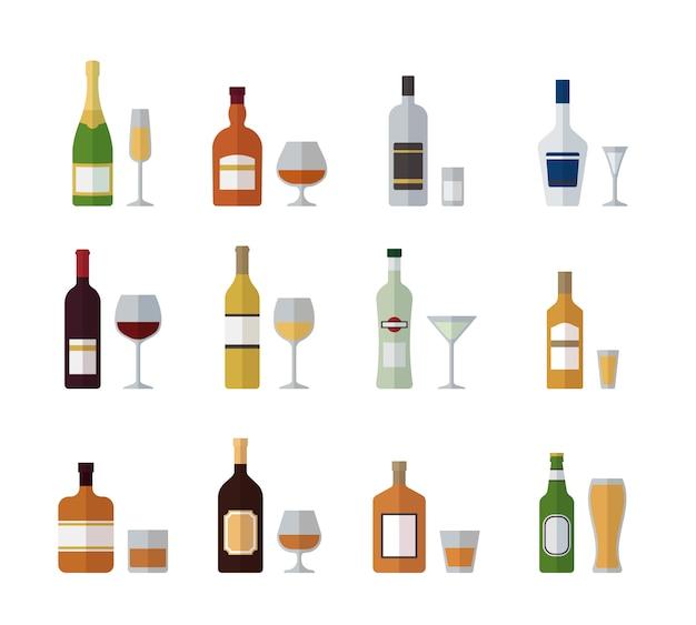 Набор бутылок и стаканов с алкоголем