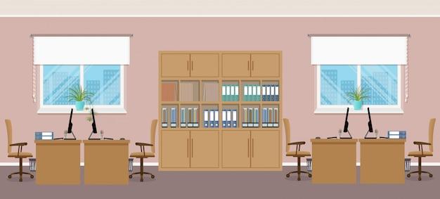 Офисный интерьер с четырьмя рабочими местами и офисной мебелью.