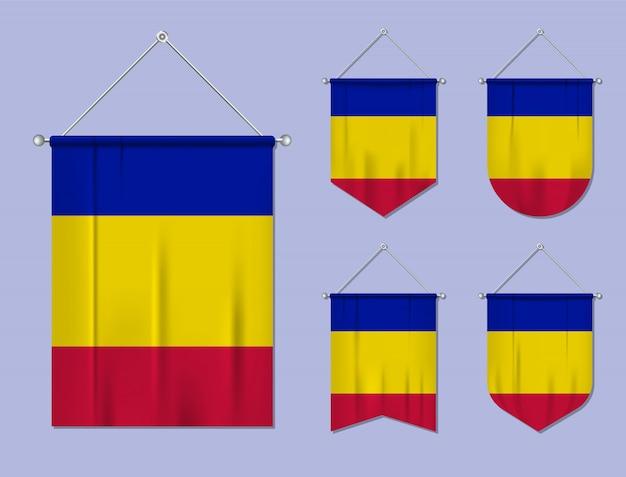 Набор флагов андорры с текстильной текстурой. разнообразие форм национального флага страны. вертикальный шаблон вымпела.