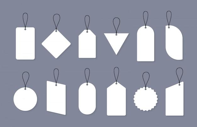 さまざまな形の空の販売または価格タグのセット。割引、販売、価格タグの空白のラベルのセット。