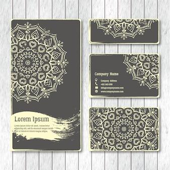 Набор шаблонов бизнес, визитки, открытки, брошюры с