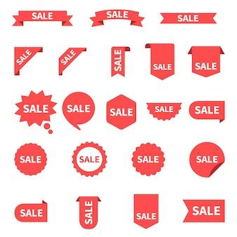販売ラベルコレクションセット。販売タグ。赤いリボン、バナー、アイコンを割引します。ショッピングタグ。販売アイコン。白で隔離される赤、。