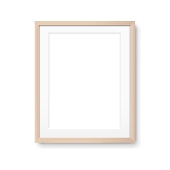 Деревянная рамка для фотографий