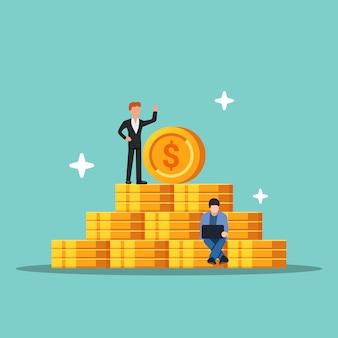 コインのピラミッド。成功の概念とお金の増強。