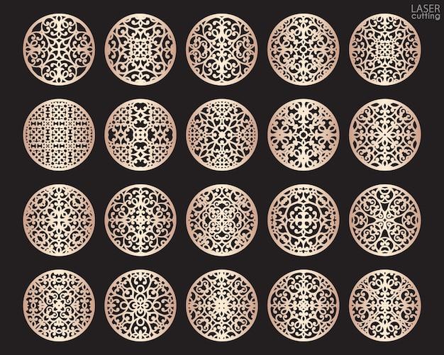 Лазерная резка вокруг набора. подстаканники для напитков с абстрактным орнаментом.
