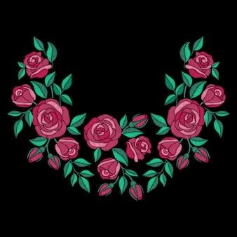バラの花のネックライン刺繍