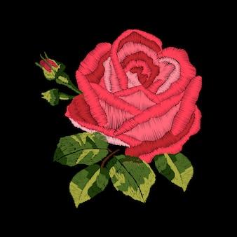 赤いバラの刺繍デザイン。