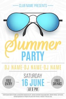 Плакат для летней вечеринки. красочные пляжные очки на белом