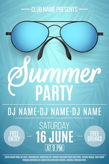 Плакат для летней вечеринки. красочные пляжные солнцезащитные очки на синем