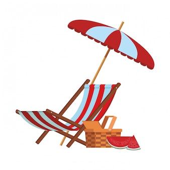 ビーチパラソルと椅子