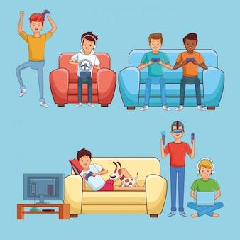 Подростки играют в видеоигры