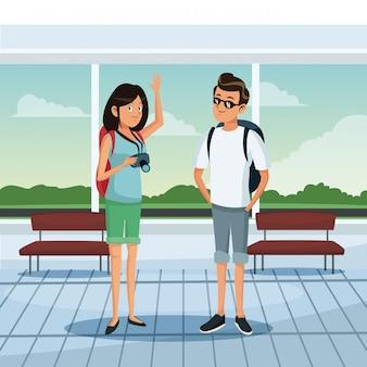 空港で若いカップル
