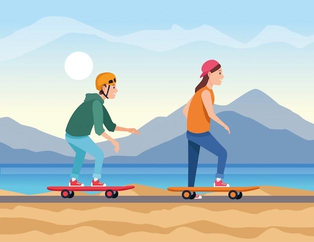 若いカップルはスケートボードで旅行します。