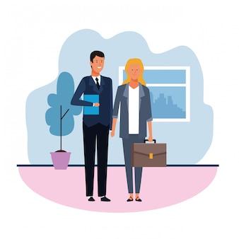 Молодой бизнесмен и женщина в офисе