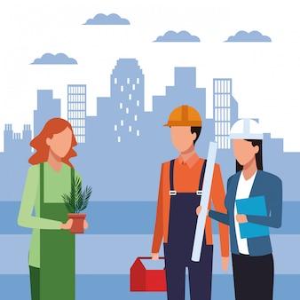植木鉢とビルダーとエンジニアの女性が立っている女性