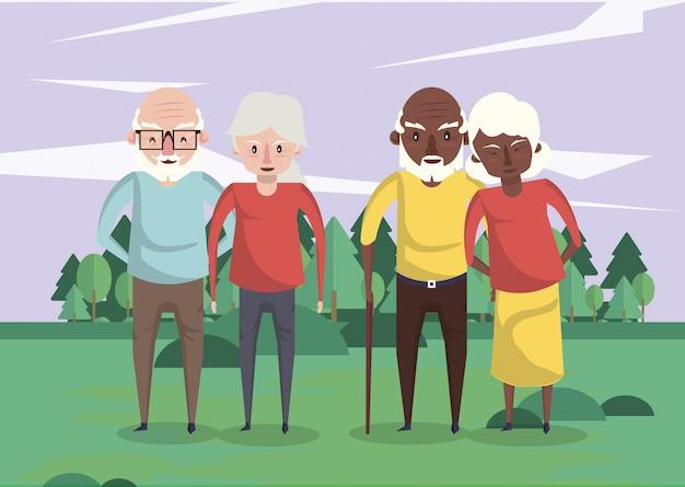 Группа межрасовых бабушек и дедушек в поле