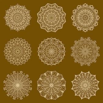 Набор роскошной мандалы. менди цветок украшения в этническом восточном, индийском стиле. каракули орнамент. контур руки нарисовать иллюстрацию