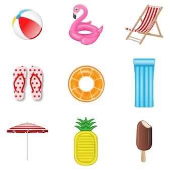 夏の要素のセット。ビーチボール、インフレータブルフラミンゴ、デッキチェア、ビーチサンダル、オレンジ色のゴム製リング、インフレータブルマットレス、ビーチパラソル、パイナップルマットレス、アイスクリーム