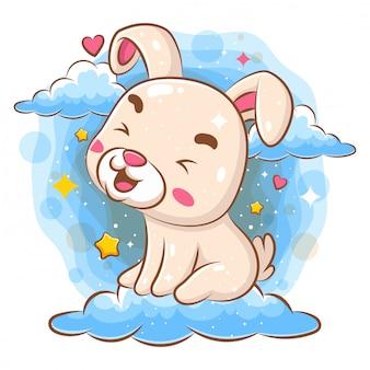 雲の上に座っているかわいい赤ちゃんクマ